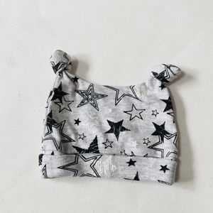 Other - FREE w/ Bundle ⭐️Stars Double Knot Baby Cap